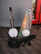 Dean B3 Banjo Pack w/ Travel Bag & Pitch Pipe Gloss Natural Finish (B3 PK)