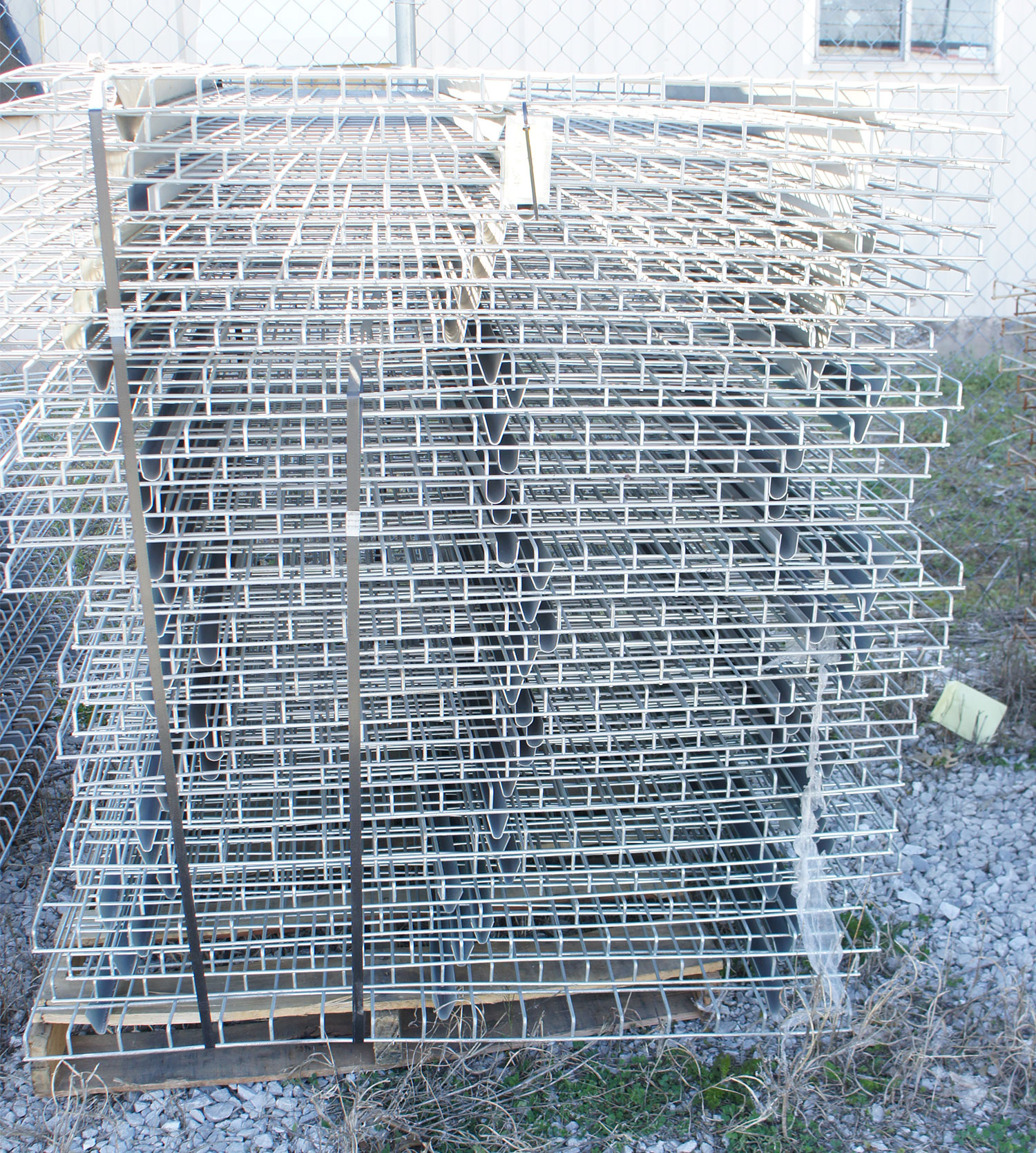 """Used Car Warehouse: Used 48"""" X 46"""" Warehouse Pallet Metal Wire Rack Deck"""